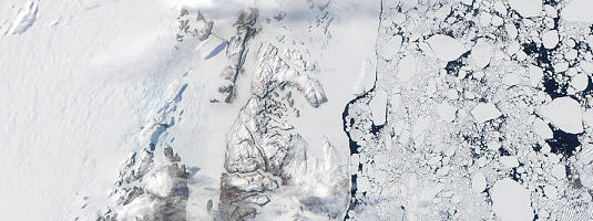 Terra / MODIS image, eastern coast of Greenland © 2001 NASA - The mental picture of the Christmas season most people wish for, as seen on winter imagery from TERRA MODIS satellite acquired over Greenland PF2009 Gisat